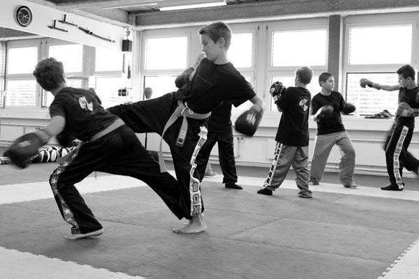 kickboxtraining_kinder16_sw