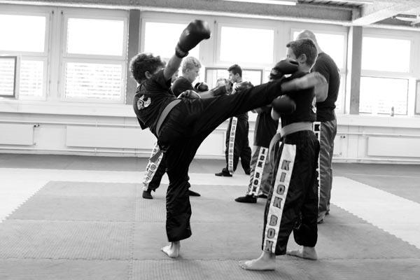 kickboxtraining_kinder21_sw